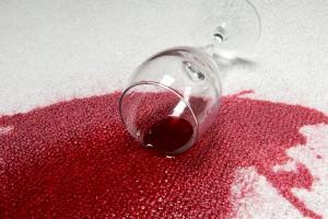Kırmızı şarap lekesi 300x200 leke cikarma yöntemleri