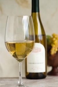wine1 200x300 Sarabın Efsanevi Tarihçesi